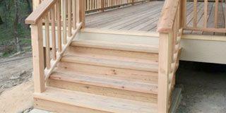 Чем обработать деревянное крыльцо на входе в дом