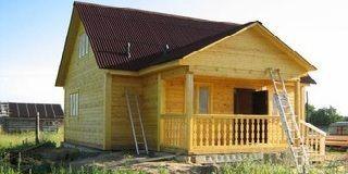 Деревянный дом 9 на 9 с мансардой из бруса