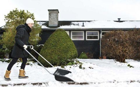 Fiskars представляет серию инструментов нового поколения для уборки снега snowxpert