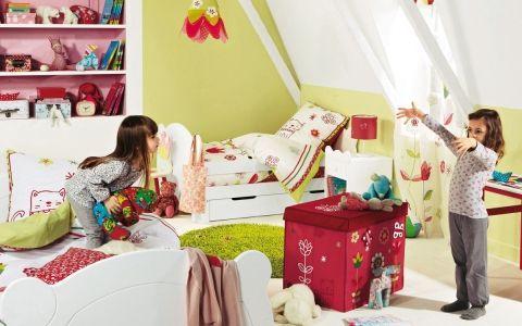 Как оборудовать безопасную и комфортную детскую комнату?