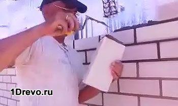 Как правильно облицевать дом из бруса кирпичом