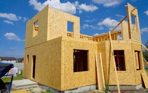 Каркасный дом: выбор материалов и тонкости монтажа