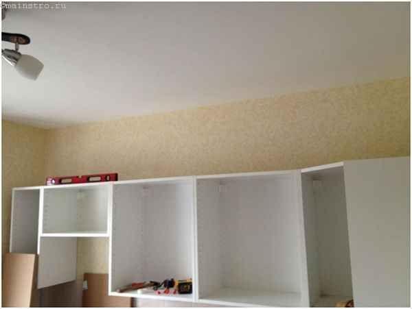 Монтаж верхних шкафчиков кухни