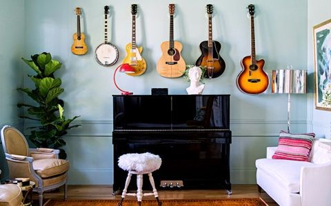Музыкальные инструменты в декоре квартиры: несколько стильных идей