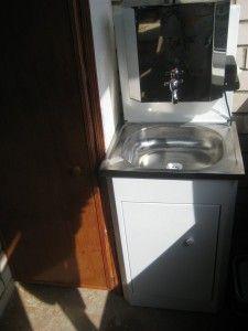 Обзор умывальников с водонагревателями (автоматическим подогревом воды)