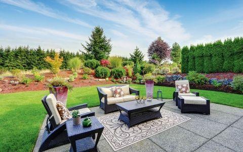 Садовый интерьер. Выбираем мебель на участок