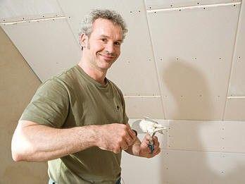 Как заделать трещину на потолке из гипсокартона, убираем трещины