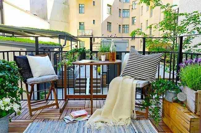 Уютный балкон в стиле прованс: удачное решение