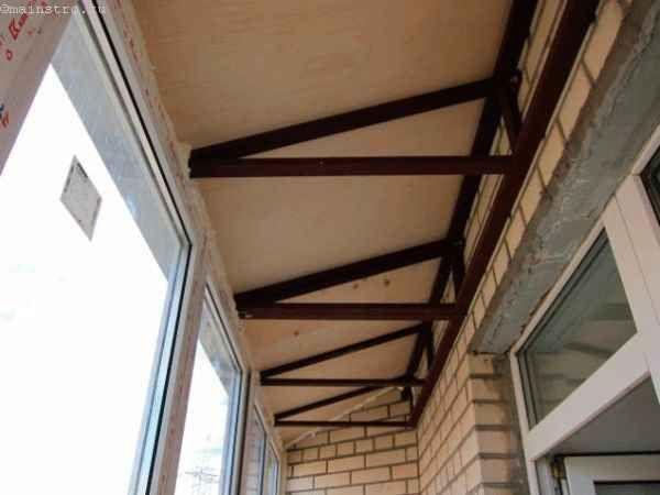 Устройство балконных помещений с крышей